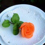 cach_tia_hoa_hong_tu_ca_rot-600x853